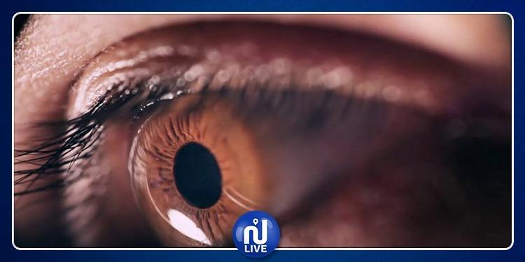 تُصاب بـ500 ثقب في قرنية عينها بسبب الهاتف