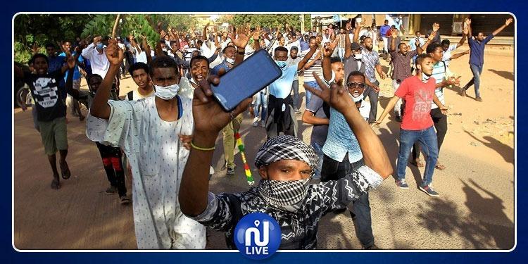 لإحتواء الإحتجاجات..السلطات السودانية تحجب مواقع التواصل الإجتماعي