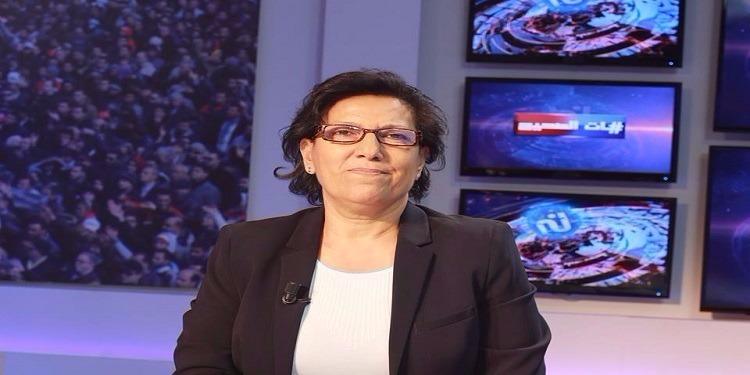 راضية النصراوي تعلن إيقاف إضرابها عن الطعام