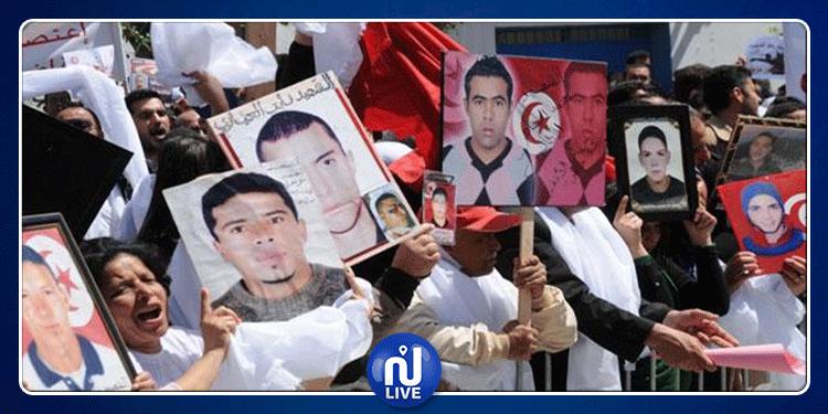 عائلات الشهداء وجرحى الثورة تعبر عن استيائها من تصرف رئيس الحكومة