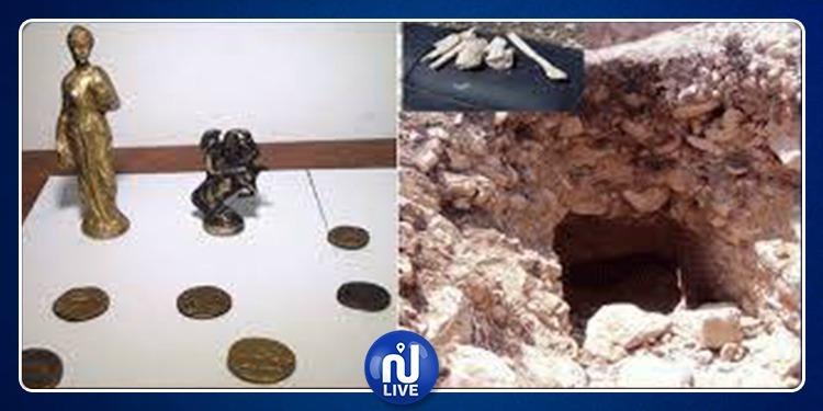 السبيخة: ضبط 4 أشخاص بحوزتهم قطع أثرية من المعدن الأصفر
