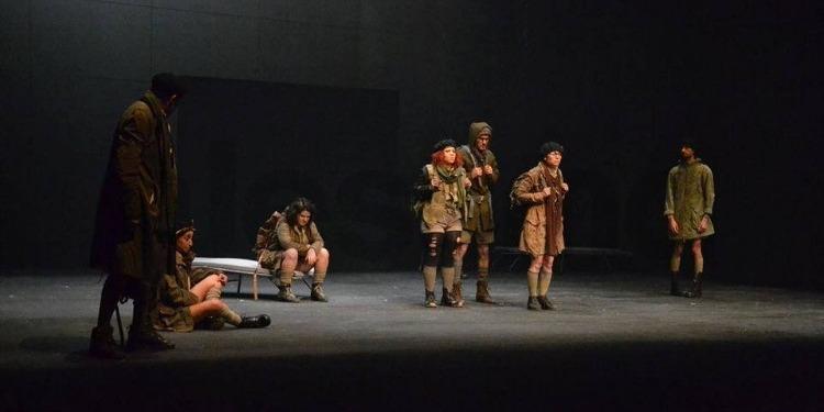 الكاف: مسرحية ''خوف'' تفتتح سلسلة عروض التظاهرة الدولية ''24ساعة مسرح دون انقطاع'' (صور)