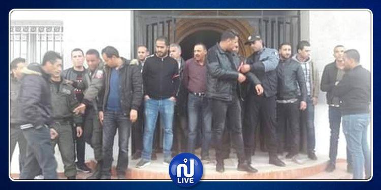 مدنين: الأمنيون يطالبون بإطلاق سراح رئيس منطقة البحرية بجرجيس