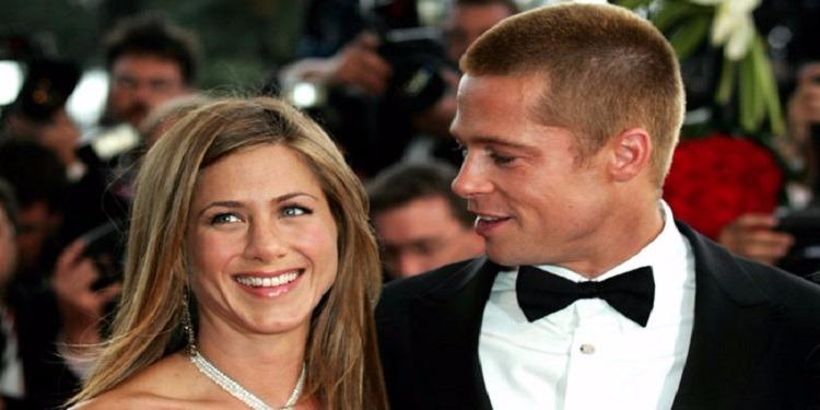 بعد 12 عاماً على الطلاق...براد بيت يفاجئ زوجته الأولى جنيفر انيستون
