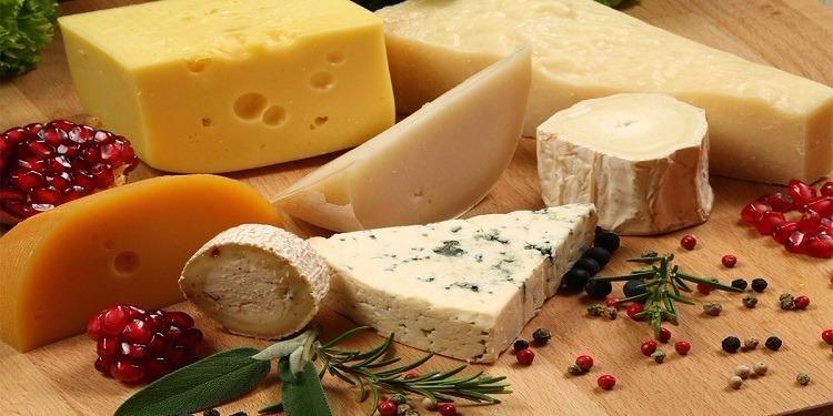 قطعة من الجبن يوميا  كفيلة  بوقايتك من أمراض القلب
