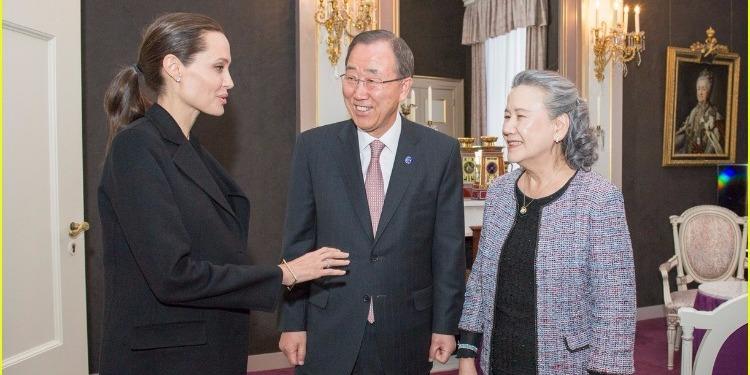 Angelina Jolie rencontre Ban Ki-moon à La Haye