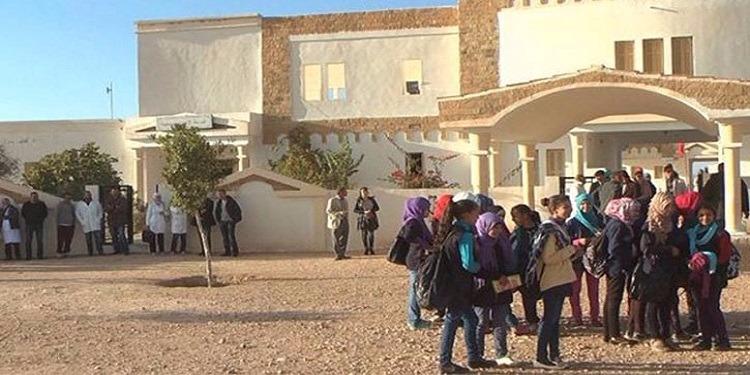 سيدي بوزيد: أصحاب الشهائد العليا يحتجون ويطالبون بانتدابهم وسدّ الشغور بمدارس عين زيان