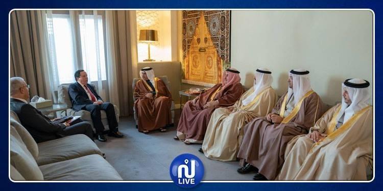 الجهيناوي يسلم الملك البحريني رسالة خطية من رئيس الجمهورية