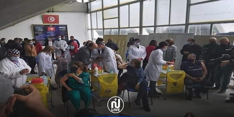 Tunisie – Covid19 : Meherzia Hammami, la première vaccinée