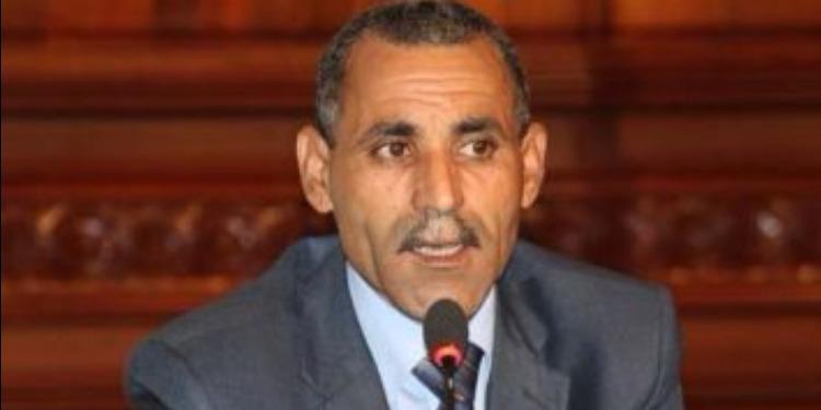فيصل التبيني يعلق نشاطه بالبرلمان لمدة 72 ساعة