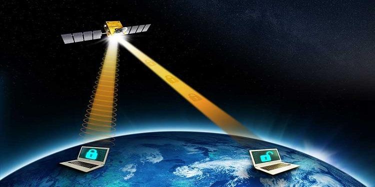 Facebook lance son 1er satellite, ''Athena''