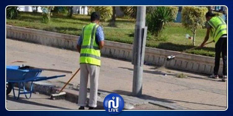 طبربة: استئناف رفع الفضلات اثر فض اعتصام عمال النظافة
