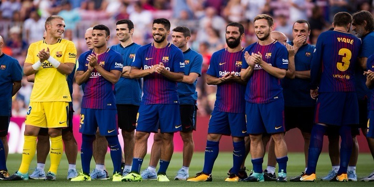 برشلونة الإسباني ينوي التخلي عن 3 لاعبين خلال الميركاتو الحالي