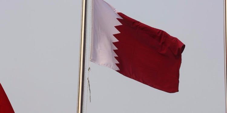 قطر تعيد سفيرها إلى إيران