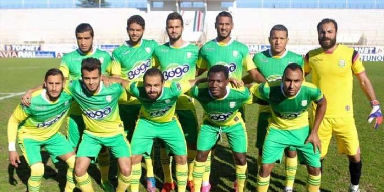 Protestations des supporters de Gafsa contre l'arbitre