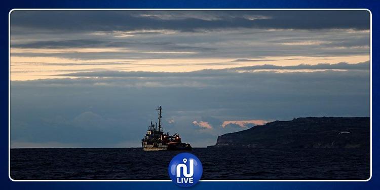مالطا تسمح لسفينتي مهاجرين بالرسوّ وتوزّع ركابها على 8 دول أوروبية