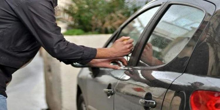صفاقس : عُثر بحوزتها على ''ريشة''..الإطاحة بعصابة سرقة السيارات