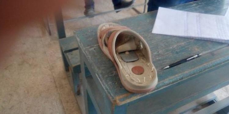 ولاية هندية تحظر إرتداء الأحذية أثناء الامتحانات!