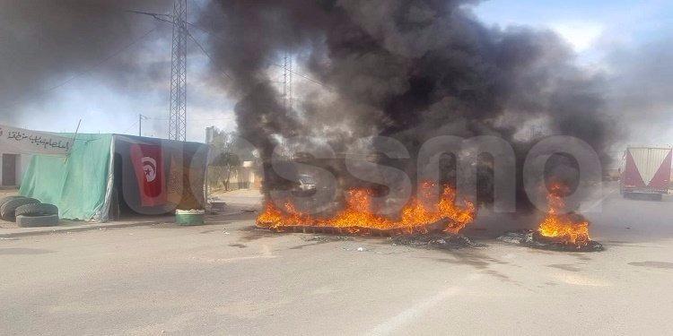 اثر إحتجاجات تطاوين: إحدى الشركات البترولية تبدي استعدادها لتشغيل عدد من المتظاهرين