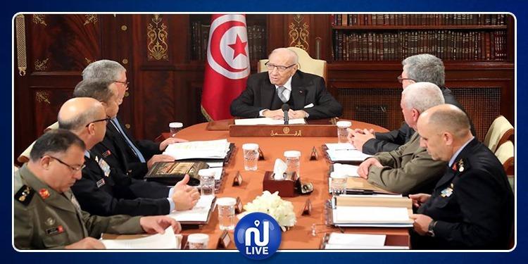إجتماع للمجلس الأعلى للجيوش بقصر قرطاج (فيديو +صور)