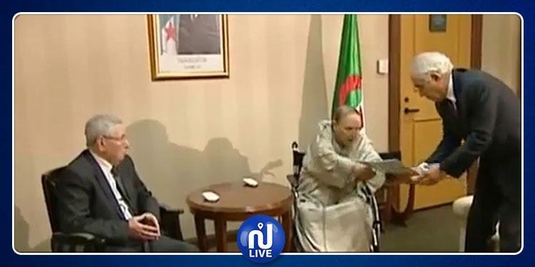 لحظة تقديم عبد العزيز بوتفليقة لإستقالته (فيديو)