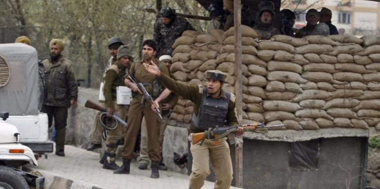 هجوم مسلح على قاعدة جوية هندية