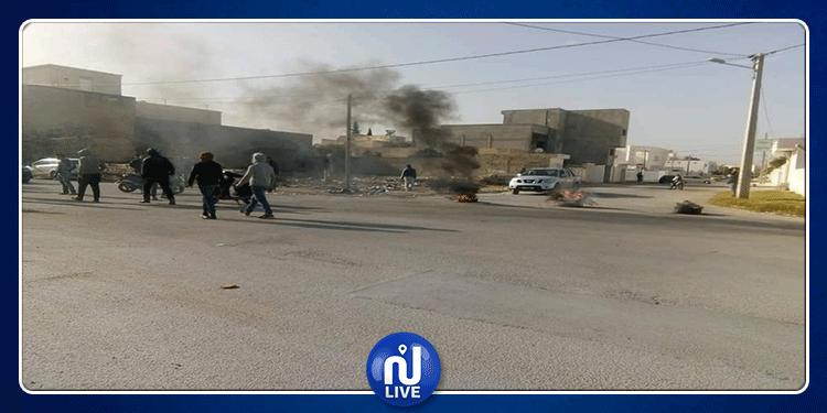 القيروان: غلق الطريق واحتجاجات بمنطقة صبرة المنصورية (صور)