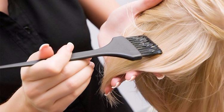 خطير: صبغة الشعر قد تعرضك للإصابة بسرطان الثدي