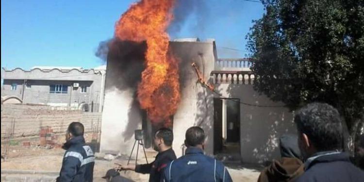 المكناسي : حريق بمحل لبيع البنزين المهرّب ( صور )