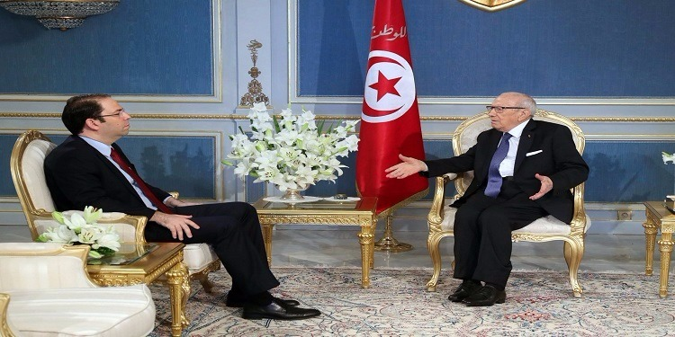 مستوى تحسّن المؤشرات الأمنيّة والاقتصادية بالبلاد محور لقاء رئيس الجمهورية ويوسف الشاهد