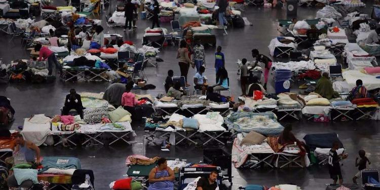 أمريكا: مساجد تكساس تفتح أبوابها لمشردي إعصار ''هارفي''