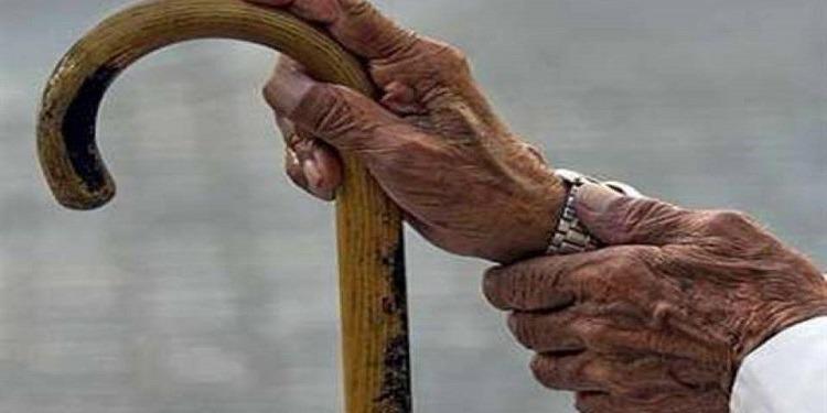 بعد أن طلقته.. مسن ينتقم من زوجته العجوز بطريقة مروّعة (صورة)