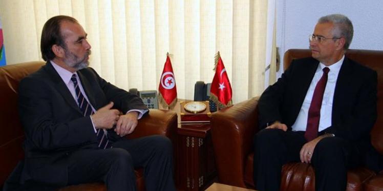 تونس تسعى لدعم تركيا واليابان في مجال القطاع الصحّي