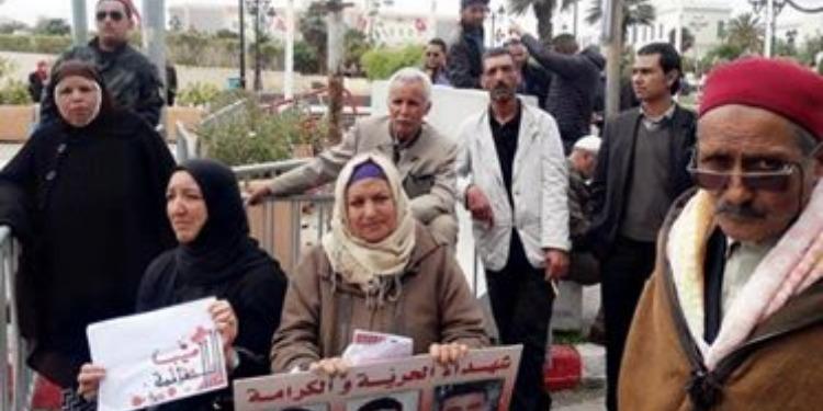 Les familles des martyrs de la révolution réclament la publication de la liste au JORT