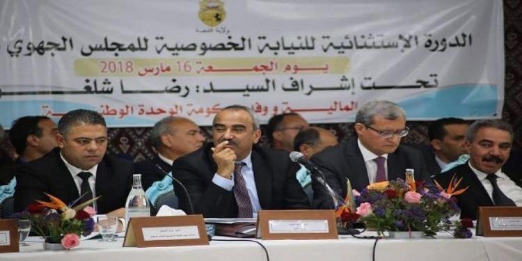 قفصة: وزير المالية يعلن عن تفعيل الإنتدابات والقرارات المنبثقة عن المجلس الوزاري