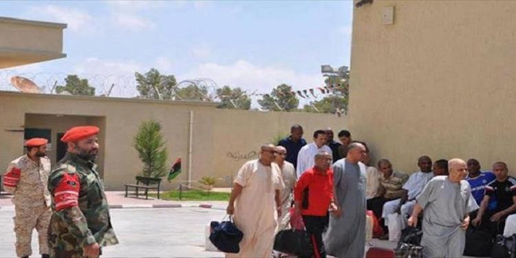 ليبيا: الإفراج عن مسؤولين سابقين من عهد القذافى