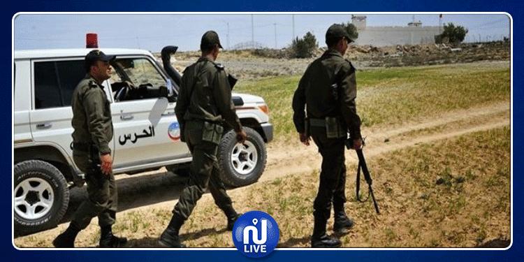 مدنين: إيقاف ثلاثة أشخاص بتهمة اجتياز الحدود خلسة