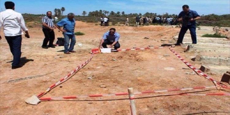 سرت: العثور على 25 جثة متحللة مجهولة الهوية خلف مقر الشرطة العسكرية