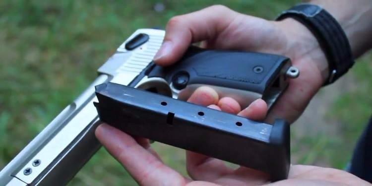 سبيطلة: يسلب سيّارة من صاحبها بإستعمال مسدّس بلاستيكي