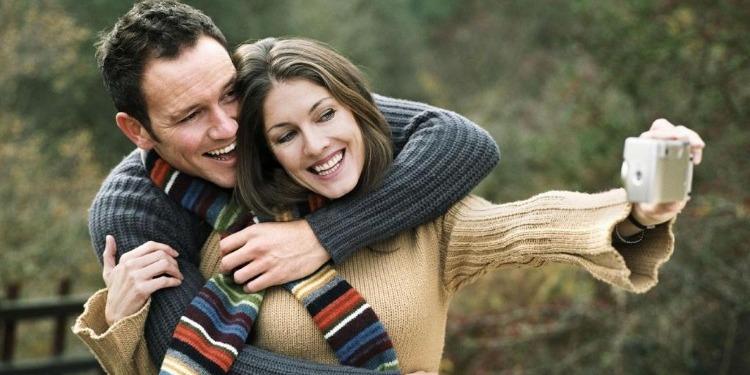 ماذا تفعلين لجعل شريك حياتك  رومانسي؟