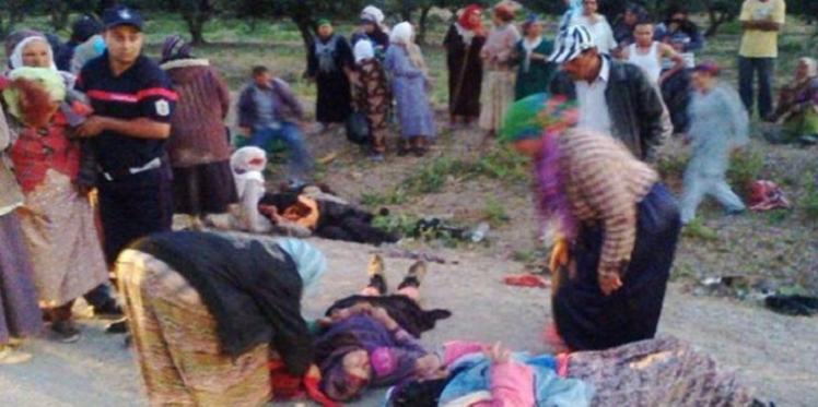 القيروان: إصابة 15 عاملة فلاحية في انقلاب شاحنة