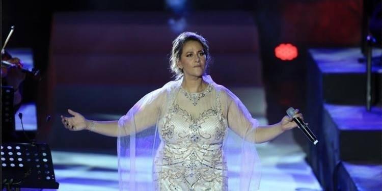 Amina Fakhet remonte sur la scène de Carthage, huit ans après