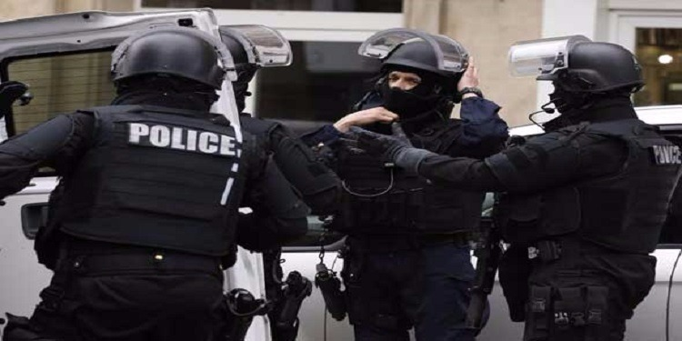 فرنسا: إحباط  هجوم إرهابي قبيل الانتخابات الرئاسية