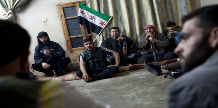 المسؤولون الروس يتفاوضون مع الجيش السوري الحر