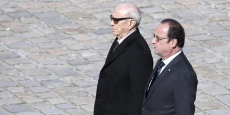 """قائد السبسي: """"الهجمات الارهابية هي حملة عمياء على قيم الحرية والديمقراطية وتونس ستكثف تعاونها مع فرنسا لدحر الارهاب"""""""