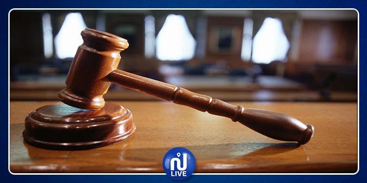 المحكمة تحسم في واقعة الأب الذي وضع رضيعه في الثلاجة