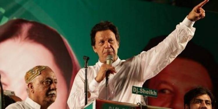 Pakistan : Un ancien joueur de cricket élu Premier ministre