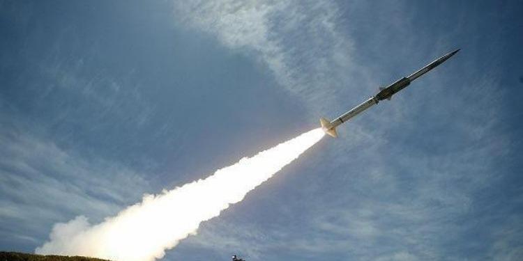 الحوثيون يطلقون صاروخا باليستيا جديدا في اتجاه جازان