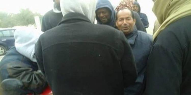 قبلي : وقفة إحتجاجية للفلاحين المتضررين من إنتشار الفيروسات