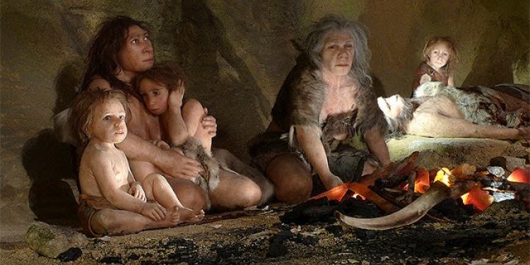 فرنسا : علماء يحددون ملامح أول انسان عاش في العصر الحجري (صور)